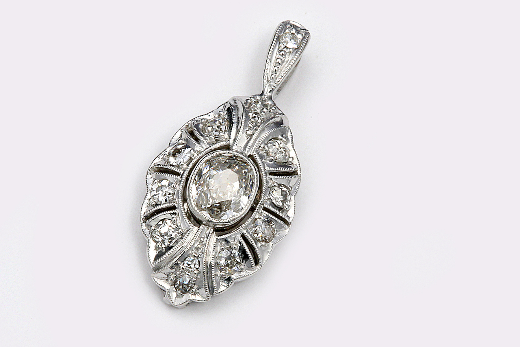necklace art news diamond deco auction antique jewellery january necklaces vintage