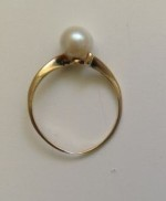 Pearl Ring WIth a too Thin Shank