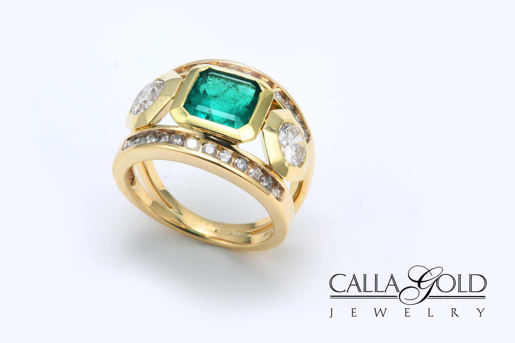 things come to those who carroll s emerald ring