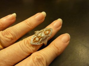 filigree and diamond yellow gold ring