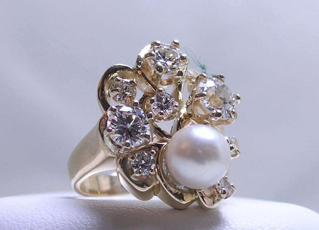 Diamond and pearl ring old style freeform design in yellow gold