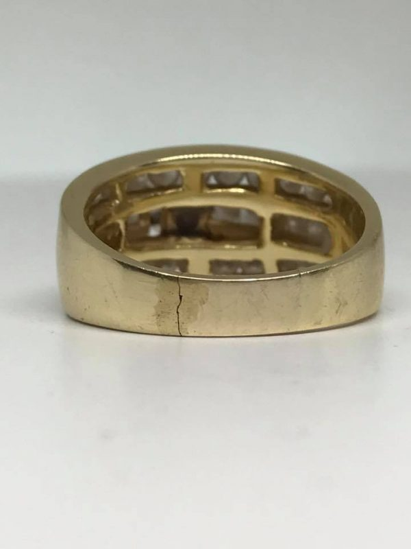 Cracked ring