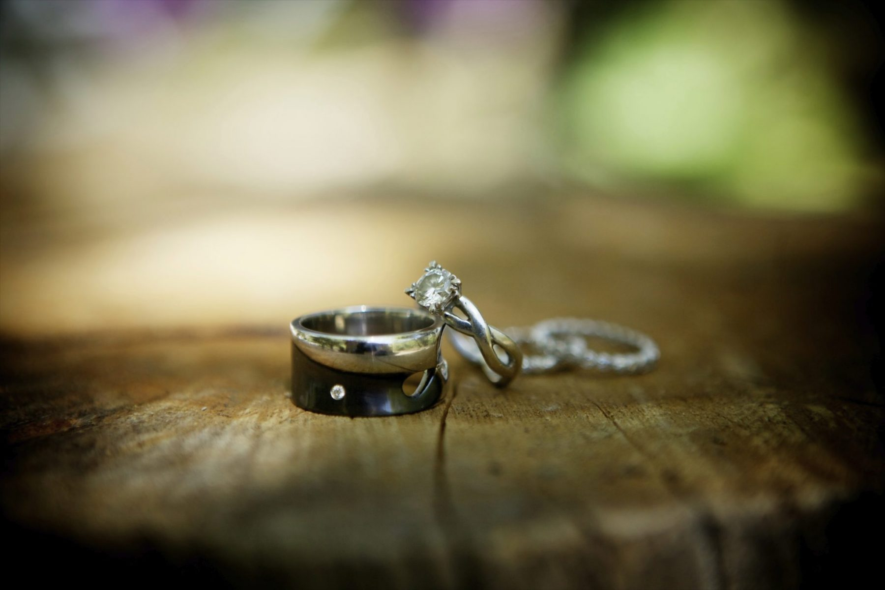 wedding set with black rhodium - Design Your Wedding Ring