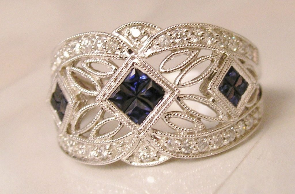 Sapphire with Filigree white gold ring