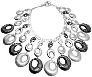 Silver necklace bid style with ovals in silver