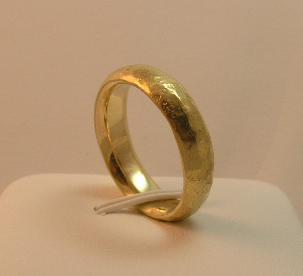 14kt Vs 18kt Gold For Your Wedding Ring