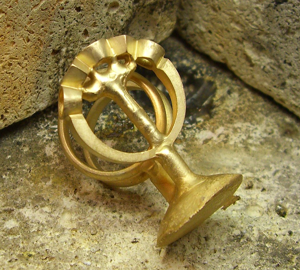 Jewelry Definition: Malleable Metal - Calla Gold Jewelry