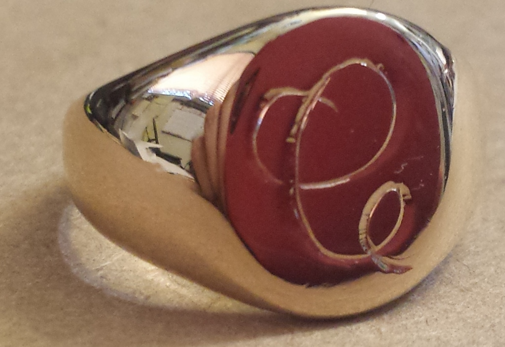signet ring machine engraved with a C