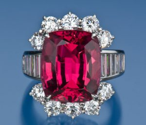 large spinel ring