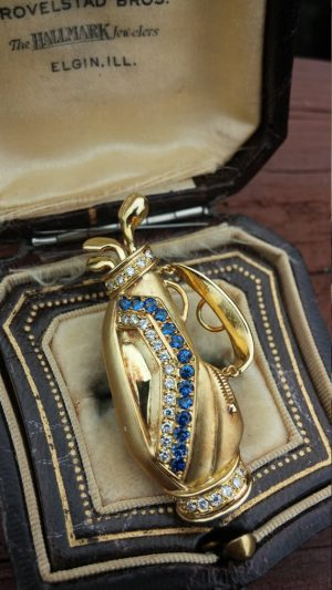 18k gold diamond blue sapphire golf bag pin