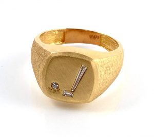 18k gold diamond golf ring