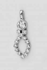 White gold and diamonds pendant made from a wedding ring
