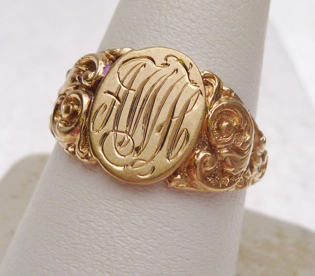 Signet Ring with Script Monogram| in old world script font