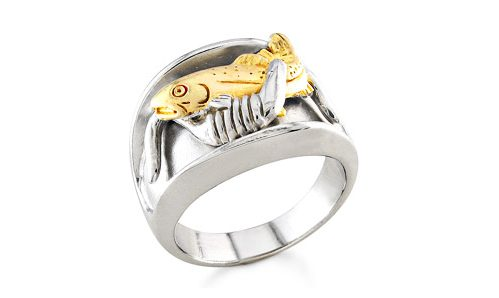 Golden trout ring in two tone gold with cow horns